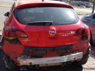 OPEL ASTRA 1.6 SPORT 2010 PARTS AND ENGINE FOR SALE
