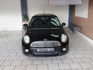 2012 Mini Cooper AT(Petrol)