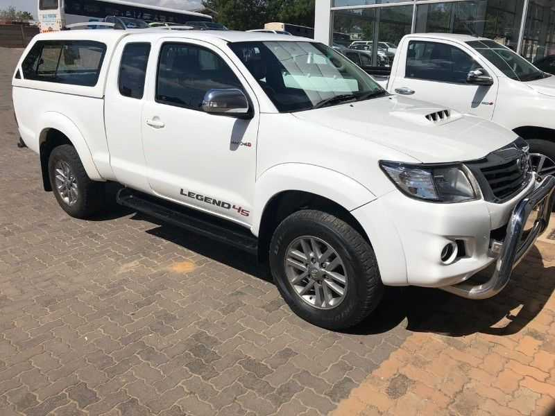 Toyota Hilux Xtra Cab For Sale