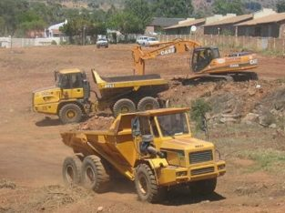 Drill rig scoop UV 777 dump truck excavator Practical training call +27733146833 FREE ACCOMMODATION