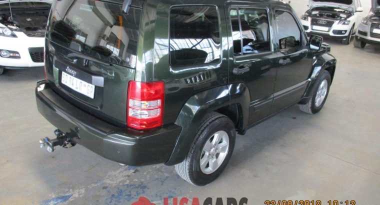 JEEP CHEROKEE 3.7 LIMITED AT 2011