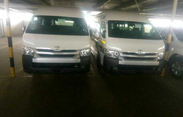 toyota Quantum 2.5 D-4D 16 seater sesifikile in very good condition leather seater contact for more information