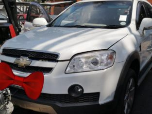 CHEV CAPTIVA 2.4L 4X4 2010 STRIPPING FOR SPARES
