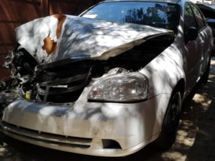 CHEV OPTRA 2011 WHITE STRIPPING FOR SPARES