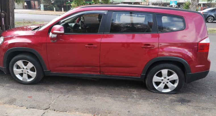 CHEV ORLANDO 1.8 2015 RED CAR STRIPPING FOR SPARES
