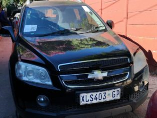 CHEV CAPTIVA 2.0LT LTZ 4X4 2008 STRIPPING FOR SPAR