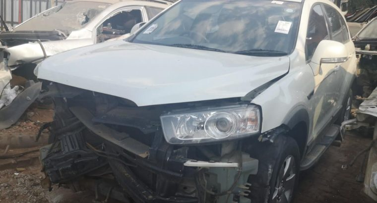CHEV CAPTIVA 2.4LT 2012 STRIPPING FOR SPARES