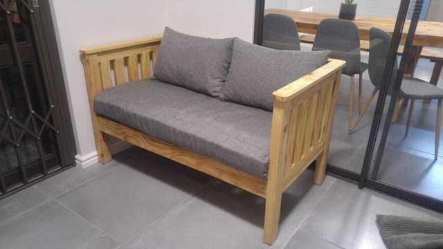 Upholsterer's/Couches repairs