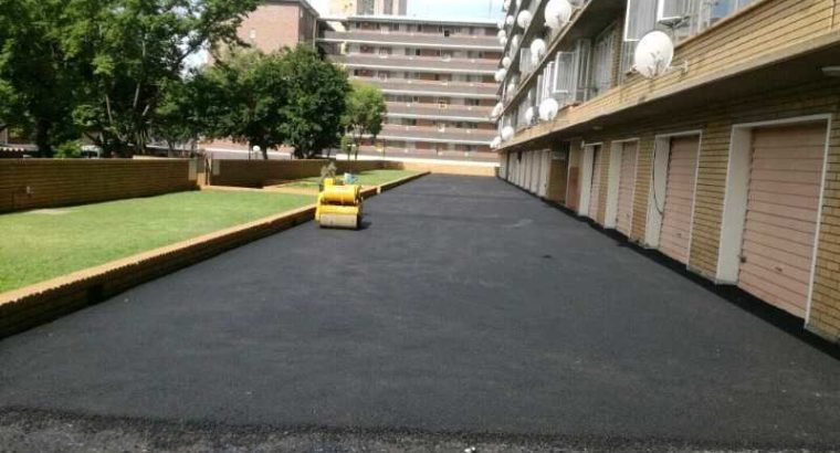 TAR ROADS FROM R80