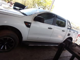 Ford Ranger 2.2 TDCI XL 2013 Stripping for Spares