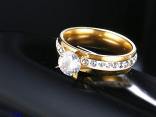 Stainless Steel Wedding/Engagement/Proposal rings