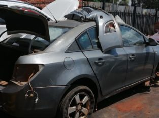 CHEV CRUZE 1.6 ( F16D3) STRIPPING FOR SPARES