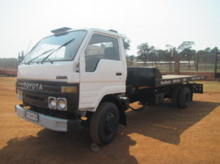 Toyota Dyna 4093 Rollback for sale