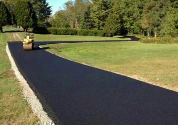 Experienced team tarred Surfaces driveways and parking areas