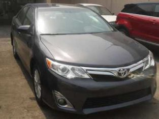 Tokunbo toyota camry 2013