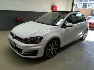 2017 Volkswagen Golf VII GTi 2.0