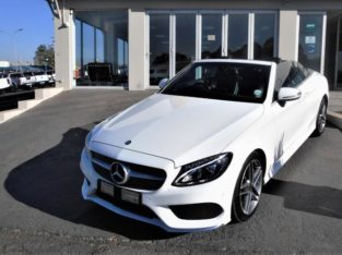 2017 C300 CAB WITH 54000KM FOR SALE