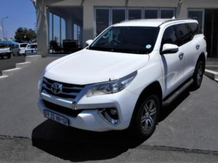 2017 FORTUNER 2.4GD-6 AUTO FOR SALE WITH 88000KM