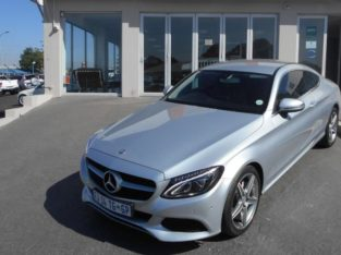 2016 MERC C200 COUPE WITH 52000KM FOR SALE