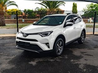 2017 RAV4 2.0GX AUTO WITH 73000KM FOR SALE 0790475688