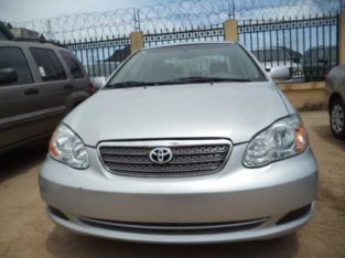 clean direct tokunbo Toyota corolla for sale