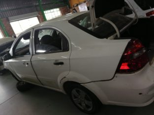 CHEV AVEO STRIPPING FOR SPARES!!!