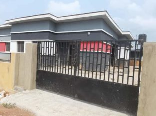 Lands and 2 and 3 Bedroom Bungalows