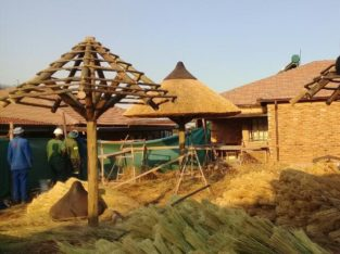 Thatching services and wendy house construction call 067 893 1482