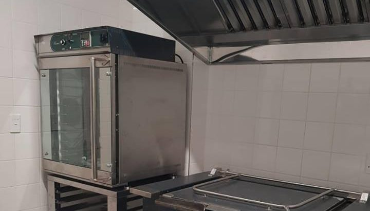 Foodservice / catering equipment.