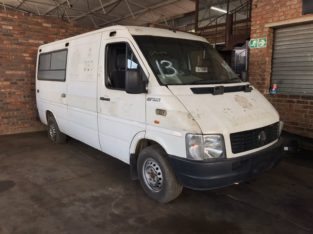 Volkswagen Crafter T4 Bus Ambulance Stripping for Used Spares