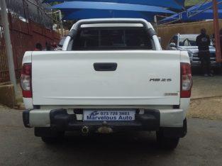 2011 Isuzu Kb250
