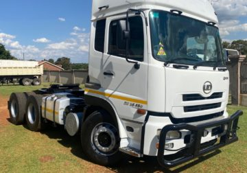 NISSAN UD 26 450 QUON Truck tractor