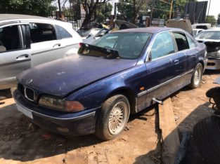 BMW E39 528i Stripping for Used Spares Parts