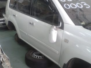 NISSAN X-TRAIL 2.2 STRIPPING FOR SPARES