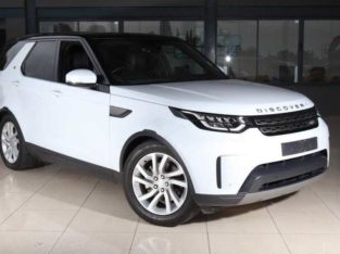 2019 LAND ROVER DISCOVERY SE Td6 AUTOMATIC