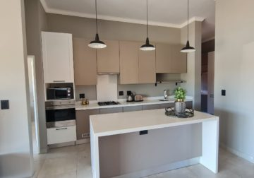 3 Bed Simplex in Six Fountains Estate