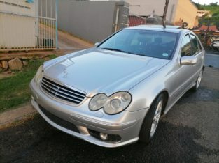 04 Mercedes Benz C 55 AMG Full House silver