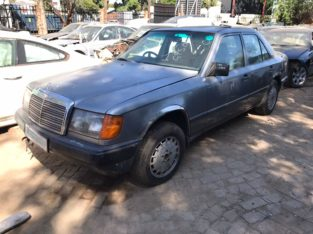 Mercedes-Benz 260E W124 Stripping for Used Spares Parts