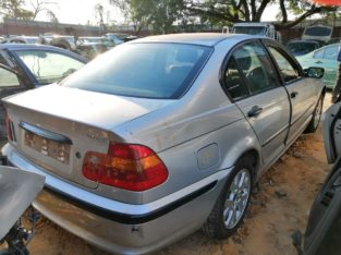 BMW 318I 2001 STRIPPING FOR USED SPARES