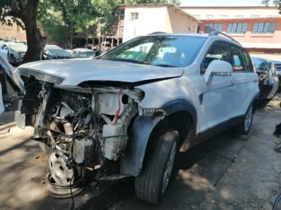CHEV CAPTIVA 3.2 AUTO 2007 STRIPPING FOR SPARES