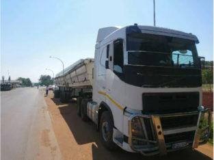 34 ton side tipper Trucks For rental 021 110 0767/068 311 0305