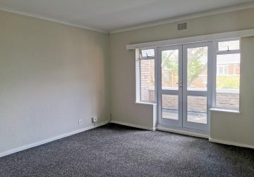 2 Bedroom Apartment / Flat to Rent in Rosmead Avenue, Kenilworth,