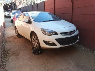 Opel Astra J 2013 Manual Stripping for Used Spares