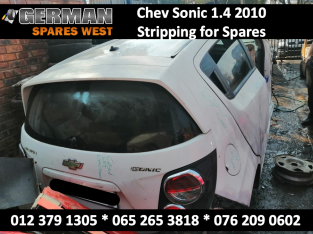 Chev Sonic 1.4 2010 Hatchback Stripping for USED Spares