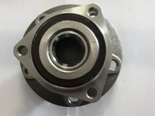 Vw Golf 5,6,7 front hub for sale